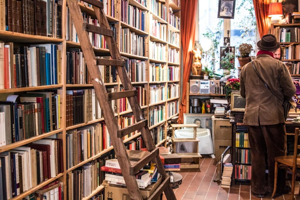 Het Ivoren Aapje Buchhandlung_-3