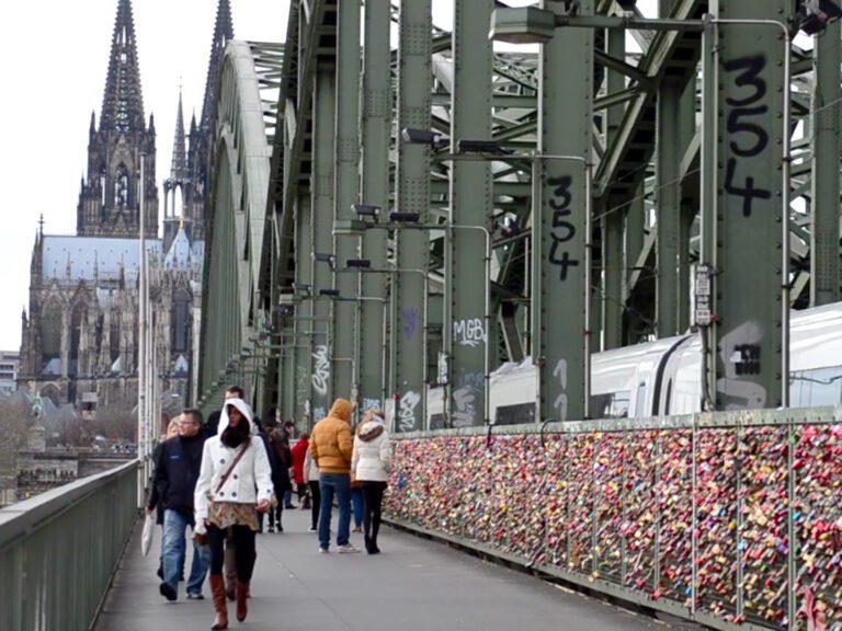 Video: Discover Köln
