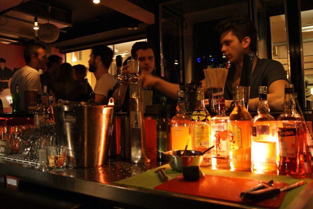 Robinson's Bar 2