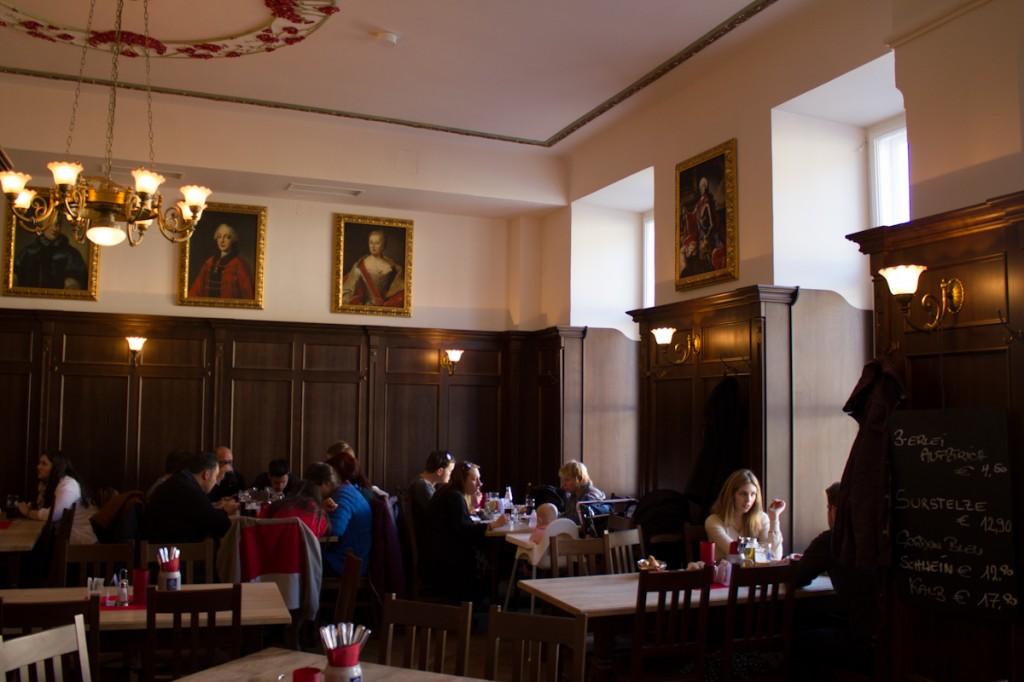Restaurants Salzburg Gasthaus zur Goldene Kugel