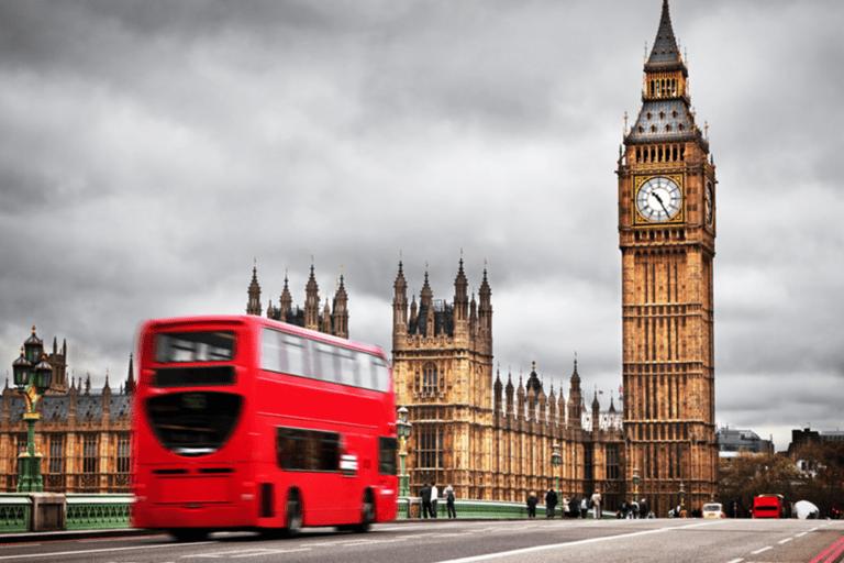 Mit öffentlichen Verkehrsmitteln quer durch London