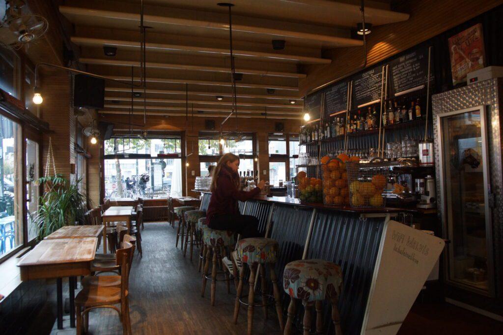 Bru¦êssel_Cafe_Walvis