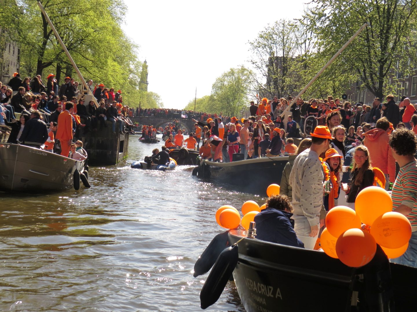 Kingsday_Amsterdam_Boote