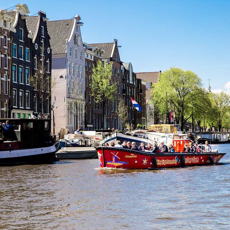 Canal Cruise in Amsterdam - Small Boat Canal Cruise