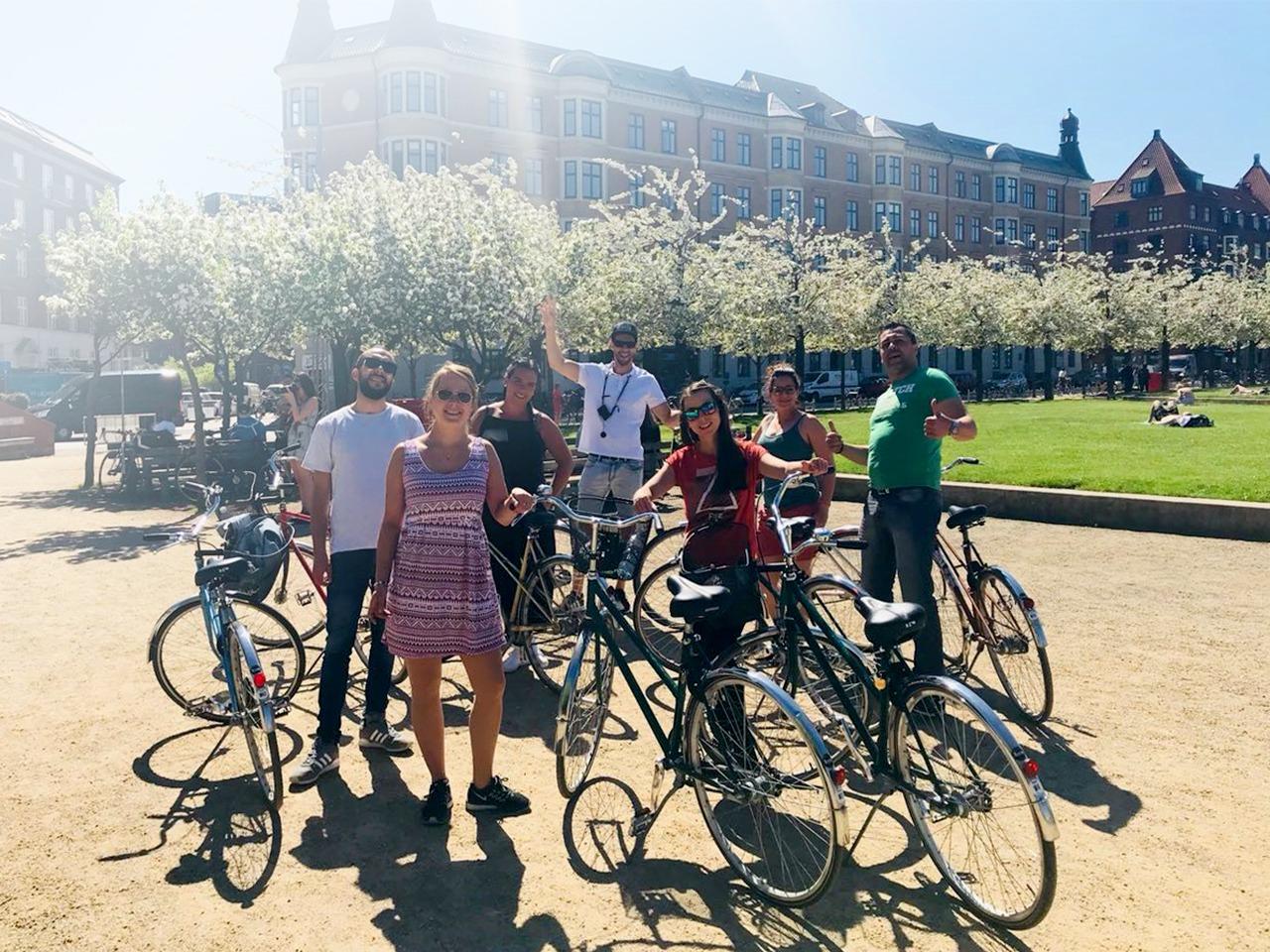 ride the bike in kopenhagen