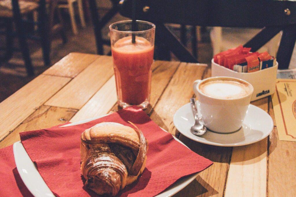 Essen in Rom - breakfast in Rome