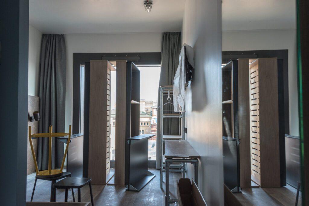 Double room in the MEININGER Hotel Tiergarten before the opening