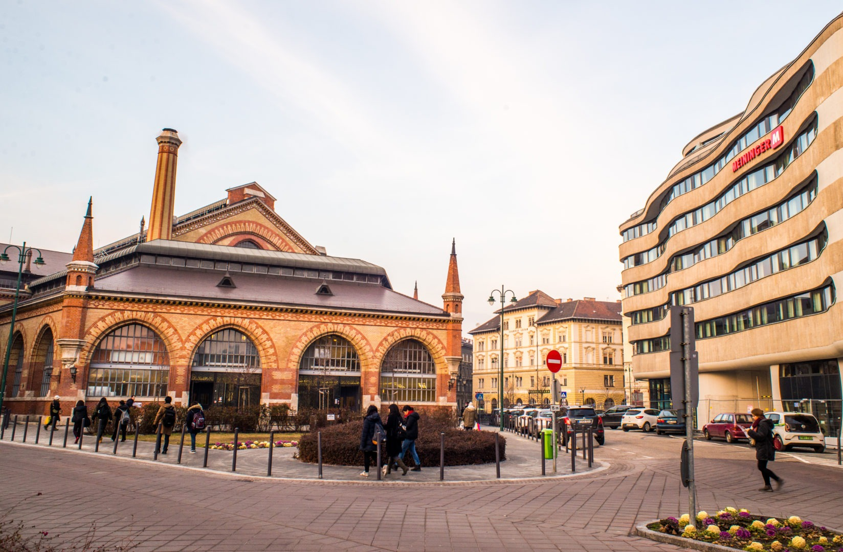 Great Market Hall next to MEININGER Budapest hotel
