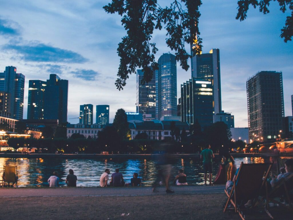 Waterfront, What to See in Frankfurt