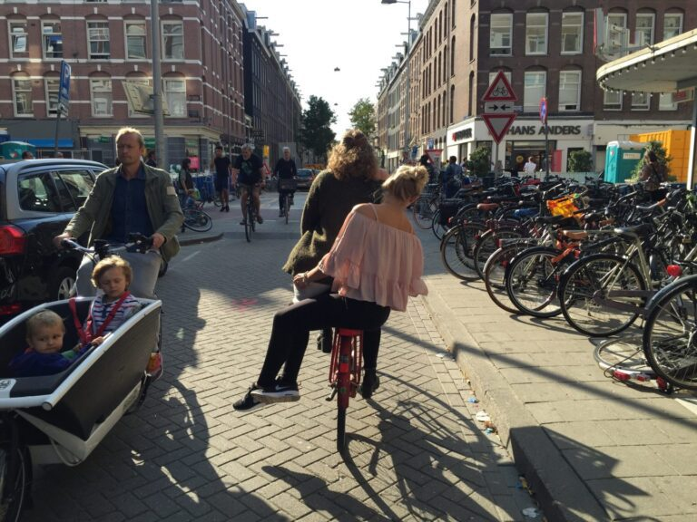 Fahrrad durch Amsterdam
