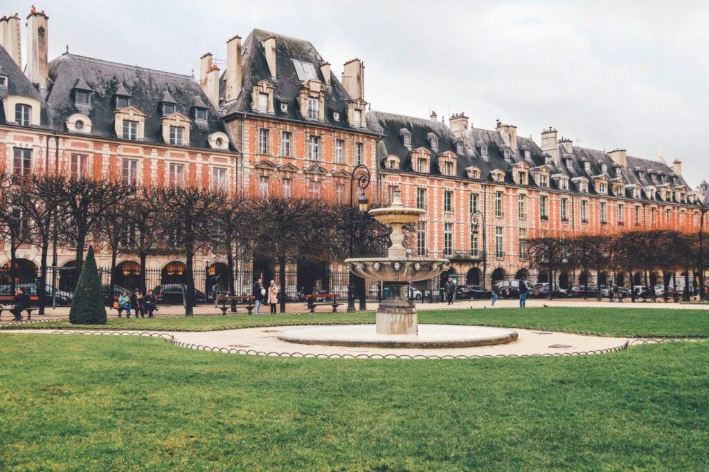Trip to Paris, Place des Vosges