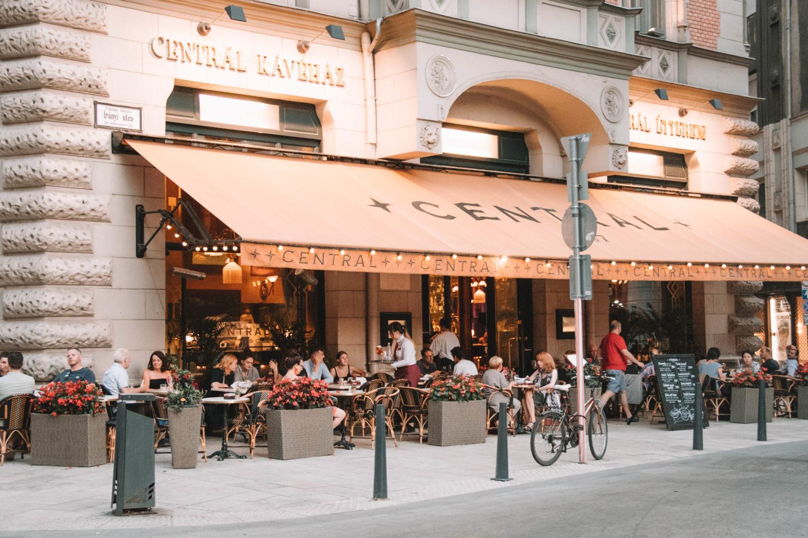Café Budapest